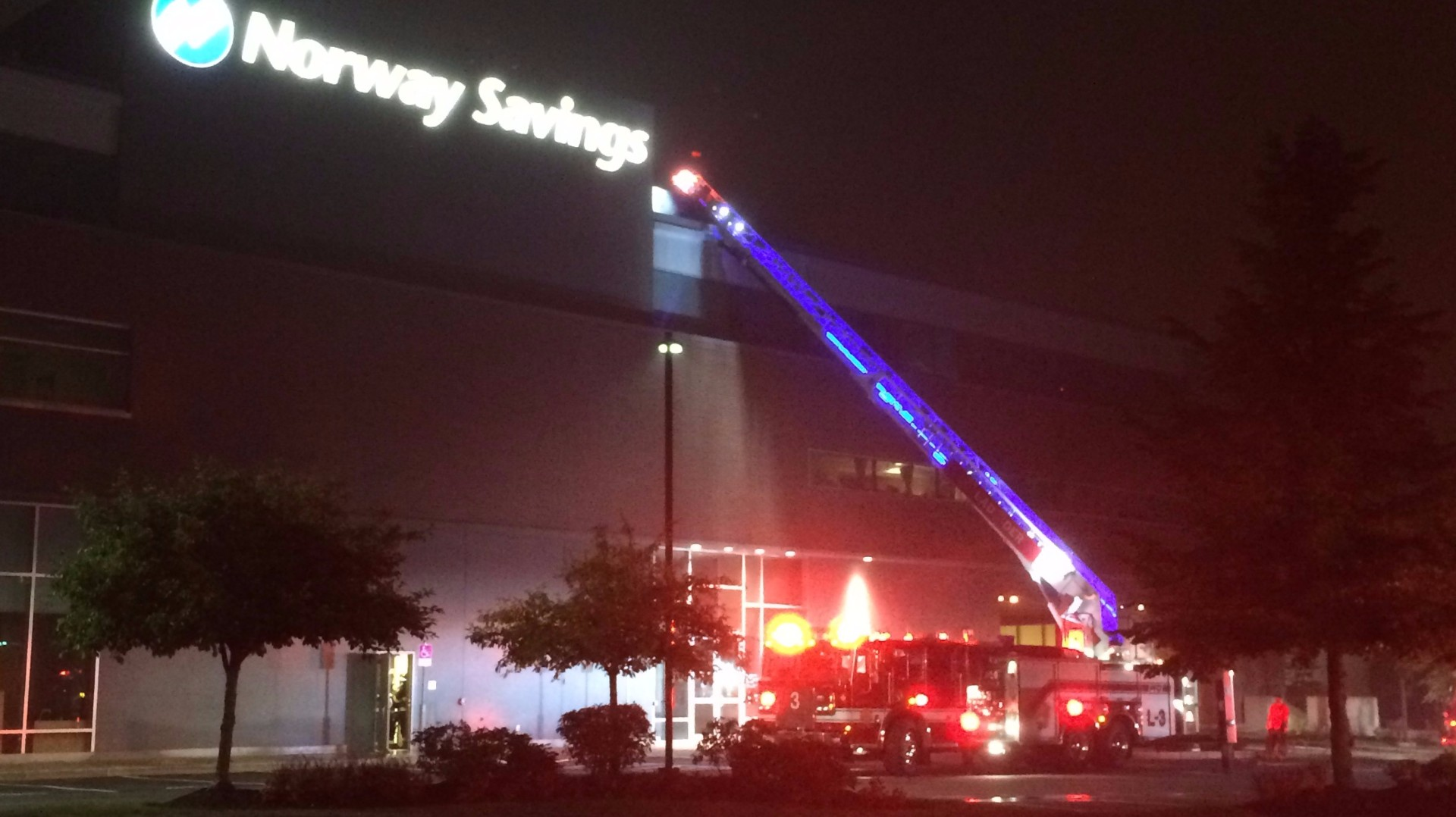 fire fighters respond to norway savings bank. Black Bedroom Furniture Sets. Home Design Ideas