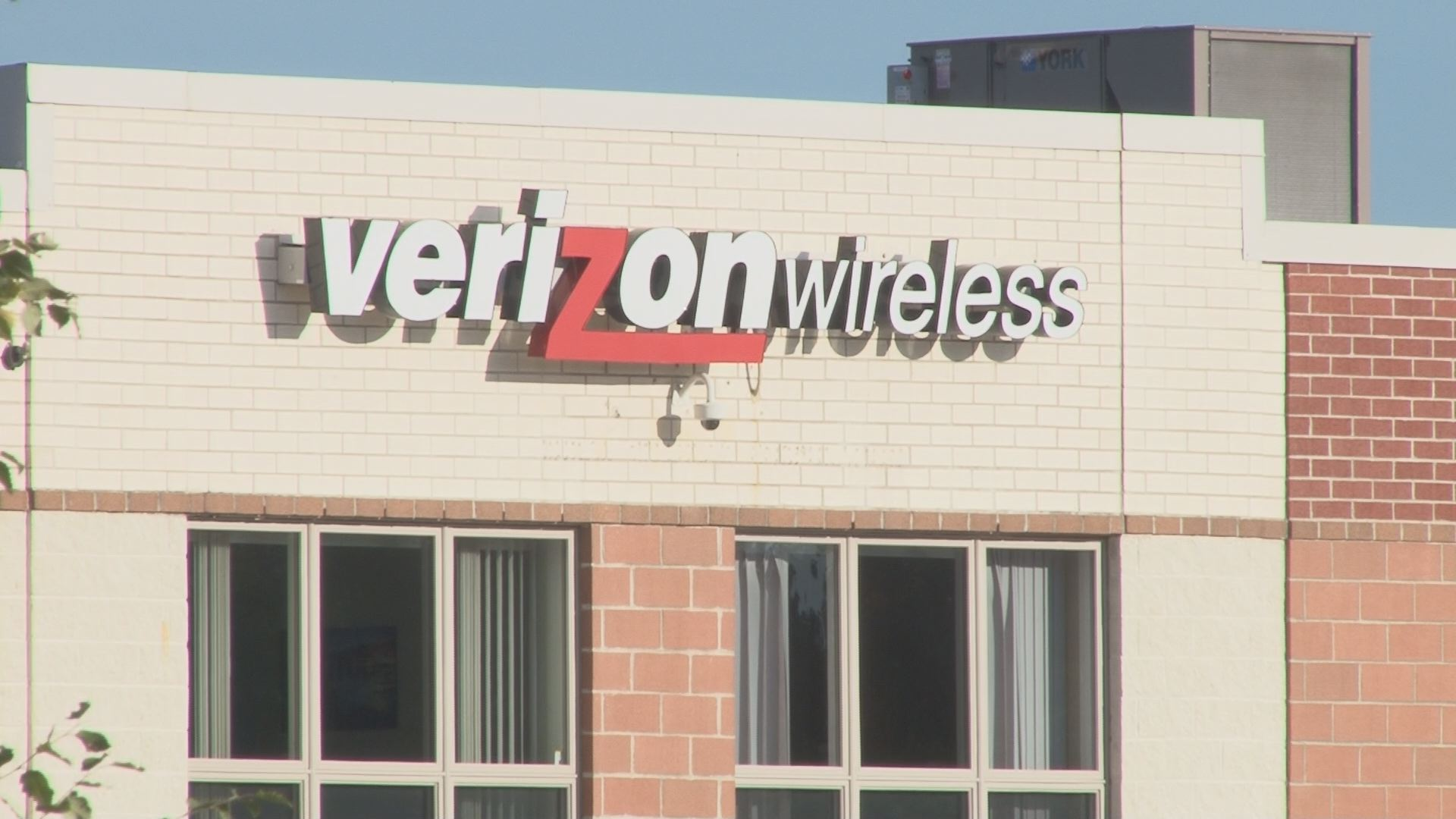 Verizon Call Center in Bangor to close in early 2017